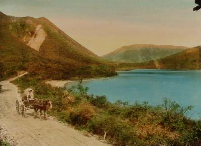 Single person carriage by the Blue Lake