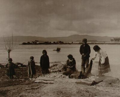 Cooking in steam box near mouth of Utuhina stream looking east north east to Muruika, young people same as in OP-2407