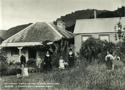 The Haszard Family and home at Wairoa before the eruption